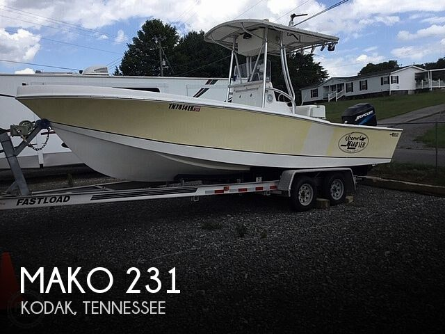 1974 Mako boat for sale, model of the boat is 231 & Image # 1 of 8