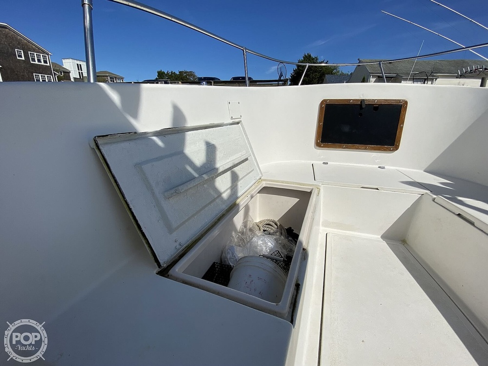 1981 Master Marine boat for sale, model of the boat is 28 & Image # 19 of 30