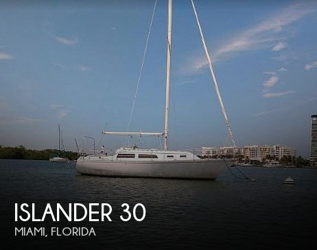 1985 Islander boat for sale, model of the boat is Islander 30 Mark II & Image # 1 of 15