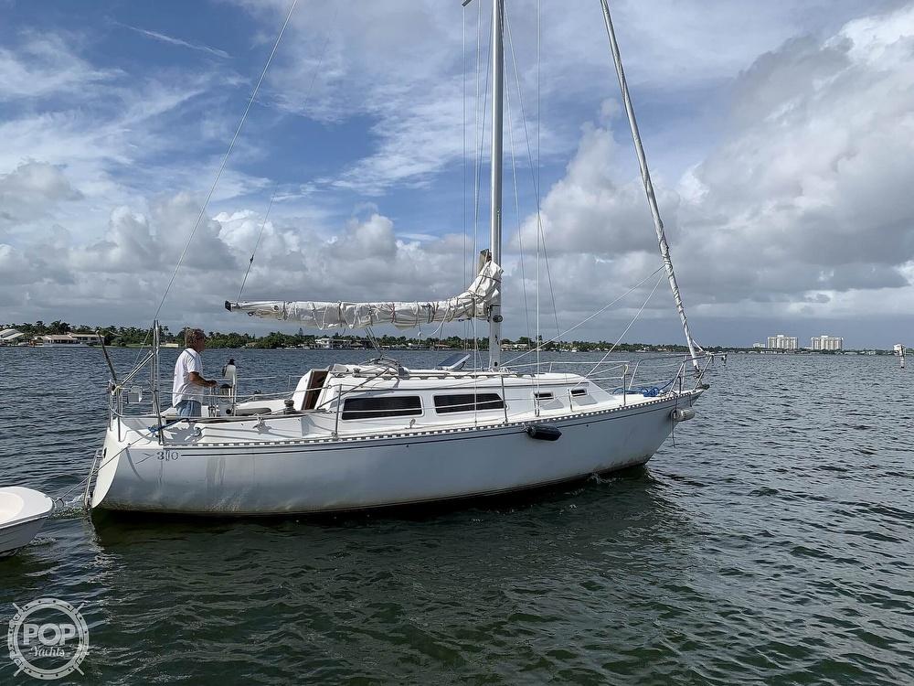 1985 Islander boat for sale, model of the boat is Islander 30 Mark II & Image # 4 of 40