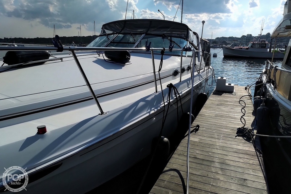 1997 Sea Ray boat for sale, model of the boat is 400 Express Cruiser & Image # 8 of 40