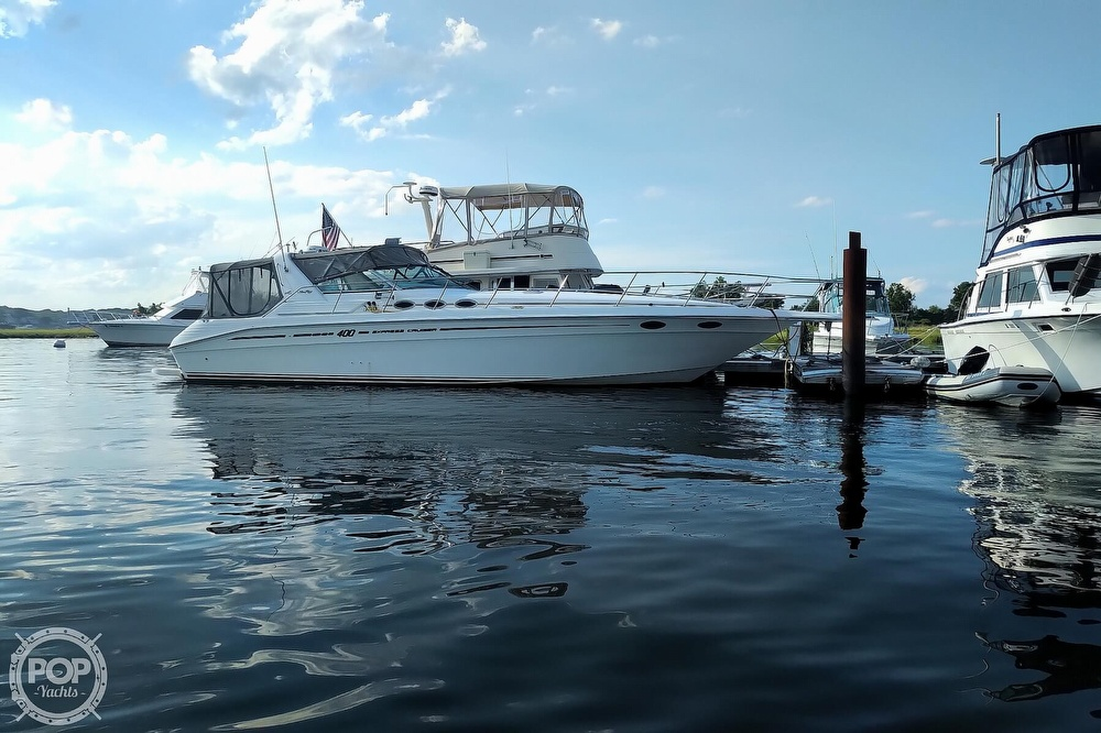 1997 Sea Ray boat for sale, model of the boat is 400 Express Cruiser & Image # 24 of 40