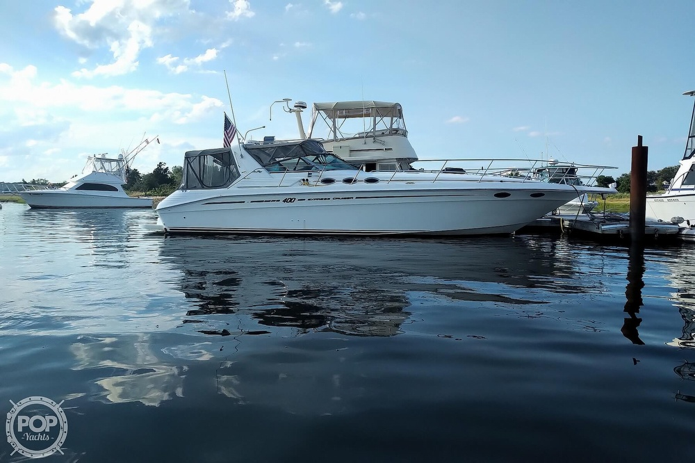 1997 Sea Ray boat for sale, model of the boat is 400 Express Cruiser & Image # 25 of 40