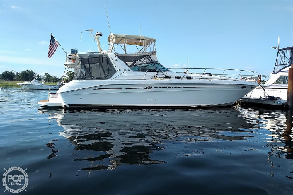 1997 Sea Ray boat for sale, model of the boat is 400 Express Cruiser & Image # 27 of 40