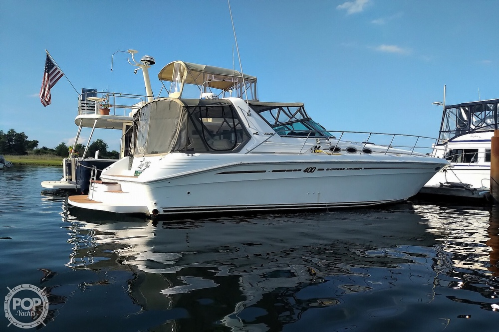 1997 Sea Ray boat for sale, model of the boat is 400 Express Cruiser & Image # 28 of 40