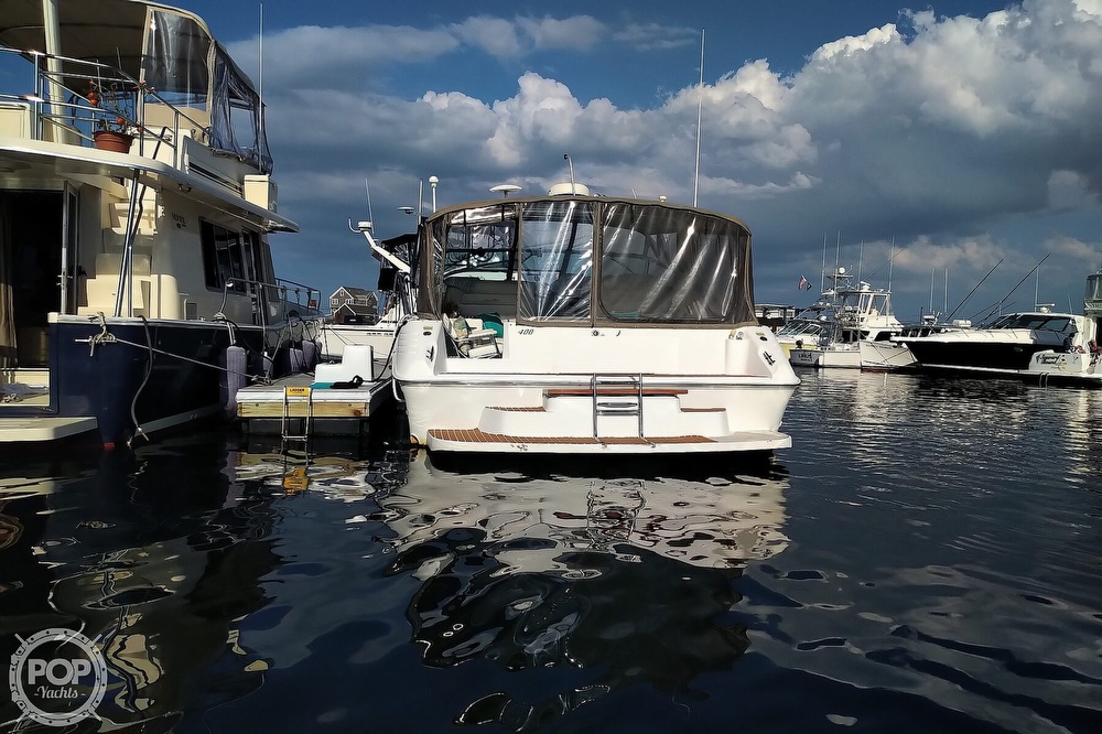 1997 Sea Ray boat for sale, model of the boat is 400 Express Cruiser & Image # 34 of 40