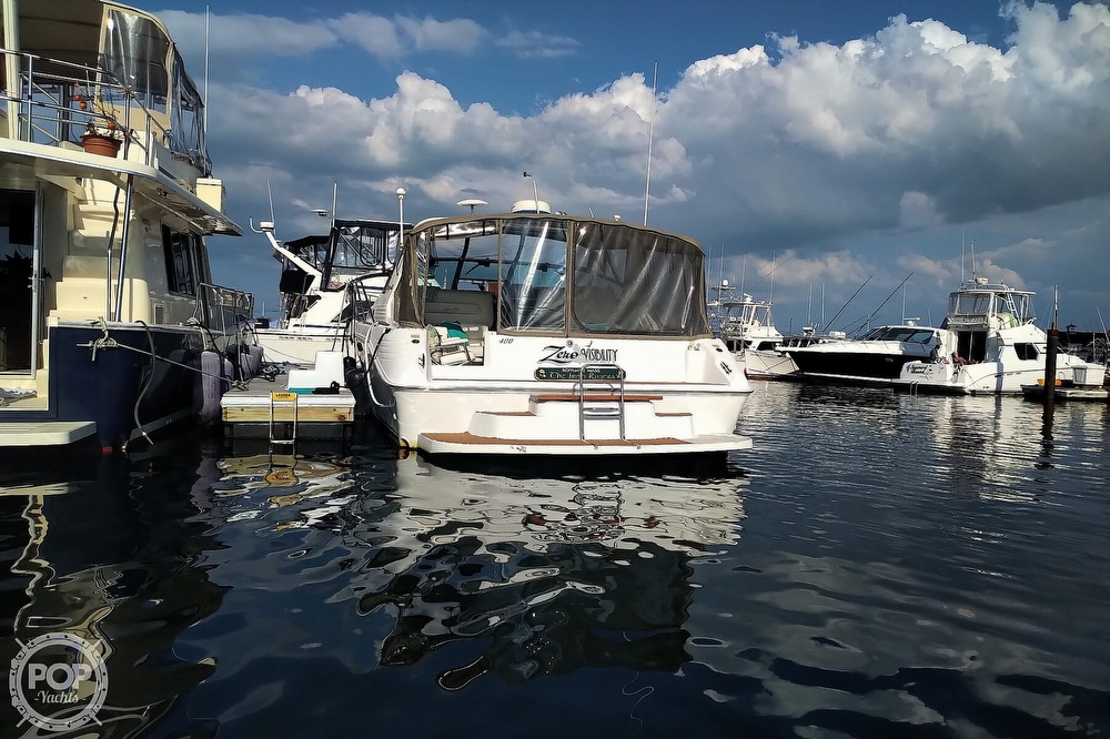 1997 Sea Ray boat for sale, model of the boat is 400 Express Cruiser & Image # 35 of 40
