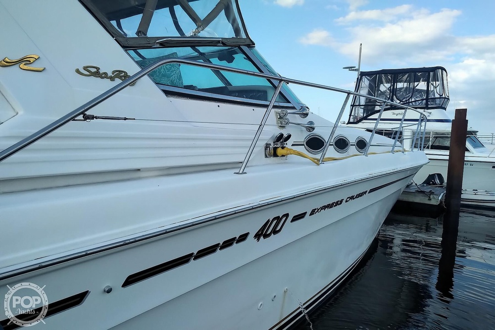 1997 Sea Ray boat for sale, model of the boat is 400 Express Cruiser & Image # 36 of 40