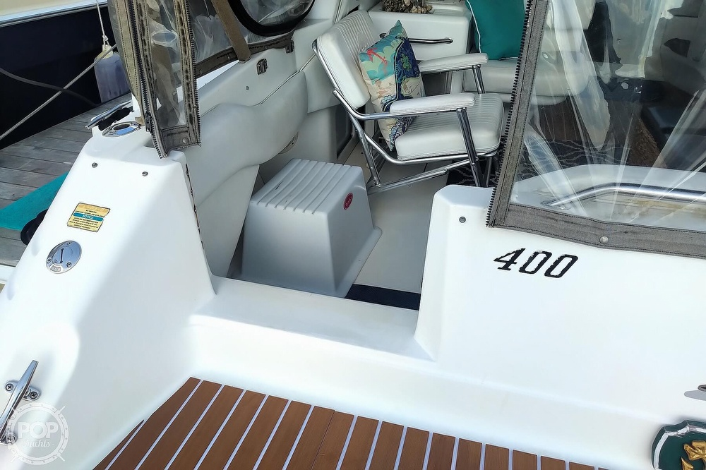 1997 Sea Ray boat for sale, model of the boat is 400 Express Cruiser & Image # 39 of 40