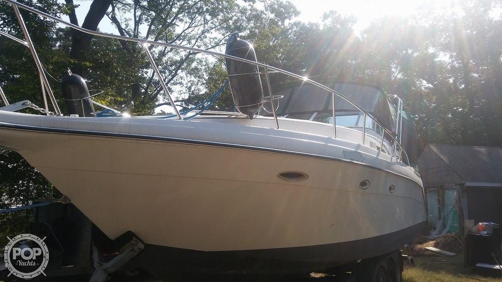 1992 Rinker boat for sale, model of the boat is Fiesta Vee 300 & Image # 26 of 40