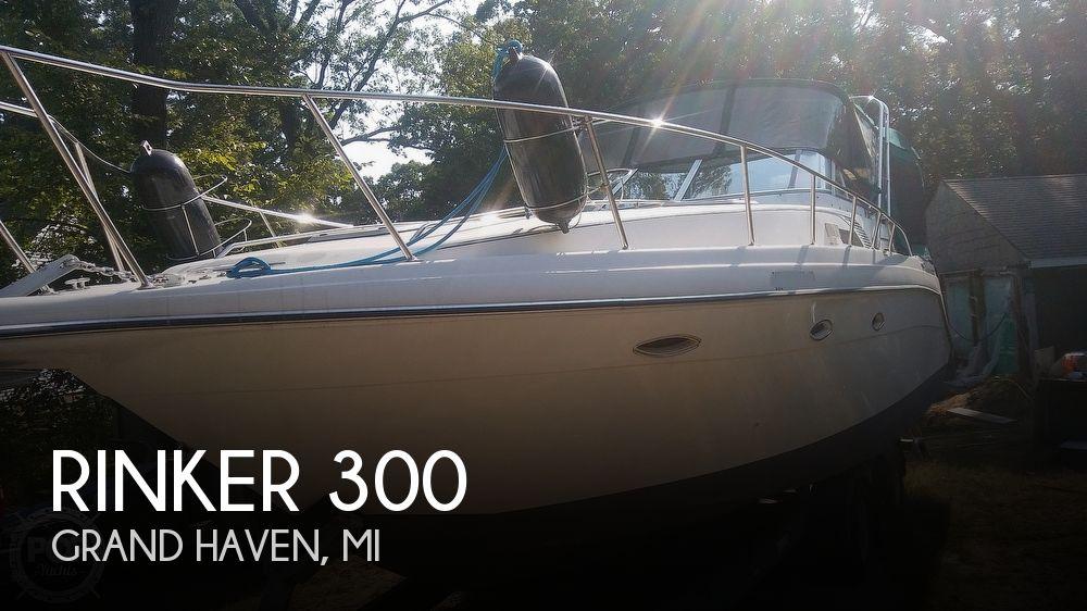 1992 Rinker boat for sale, model of the boat is Fiesta Vee 300 & Image # 1 of 40