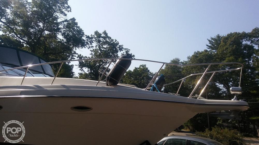 1992 Rinker boat for sale, model of the boat is Fiesta Vee 300 & Image # 31 of 40
