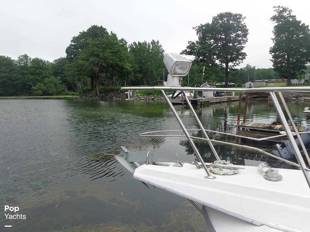 1993 Carver boat for sale, model of the boat is 340 Santego & Image # 12 of 40