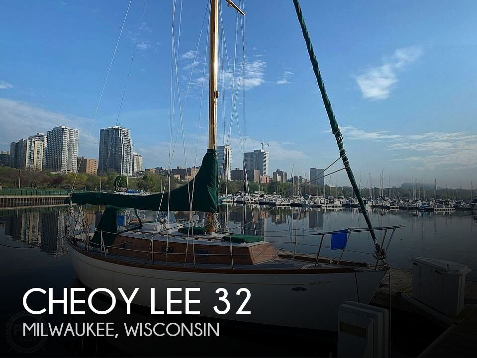 Used Cheoy Lee Boats For Sale by owner | 1979 Cheoy Lee 32'