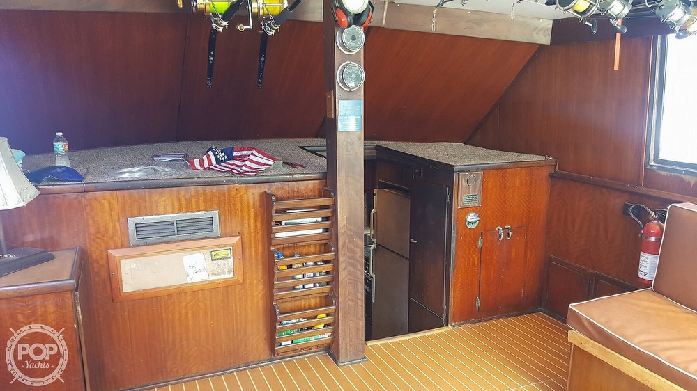 1973 Hatteras boat for sale, model of the boat is 45 & Image # 12 of 40
