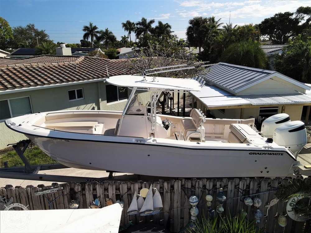 2002 Grady-White boat for sale, model of the boat is Chase 273 & Image # 4 of 40