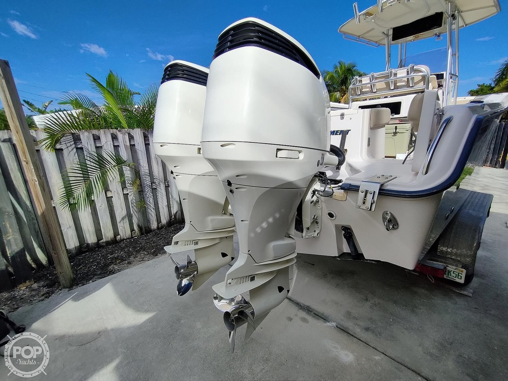 2002 Grady-White boat for sale, model of the boat is Chase 273 & Image # 24 of 40