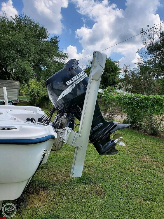 2005 Fish Master boat for sale, model of the boat is 21 VX & Image # 5 of 41