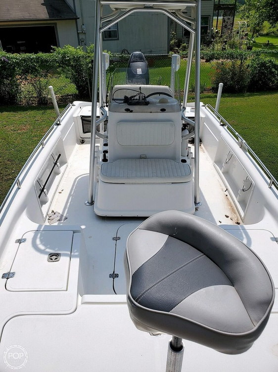 2005 Fish Master boat for sale, model of the boat is 21 VX & Image # 7 of 41