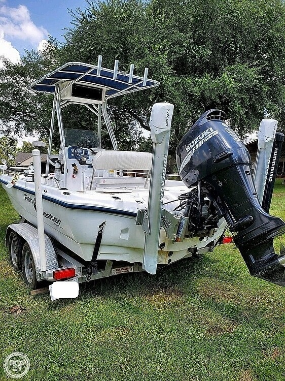 2005 Fish Master boat for sale, model of the boat is 21 VX & Image # 3 of 41