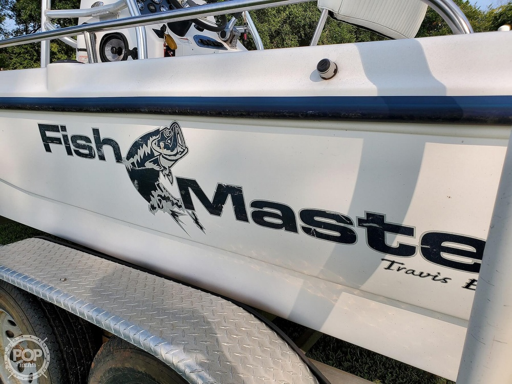 2005 Fish Master boat for sale, model of the boat is 21 VX & Image # 13 of 41