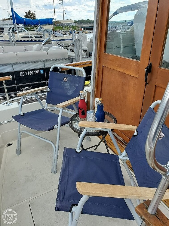 1970 Chris Craft boat for sale, model of the boat is Commande Sedan & Image # 30 of 42