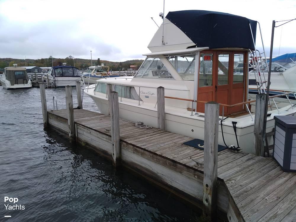 1970 Chris Craft boat for sale, model of the boat is 31 Commander Sedan & Image # 3 of 40