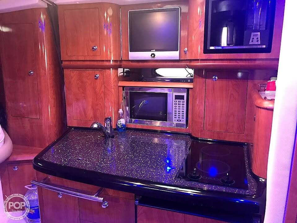 2008 Four Winns boat for sale, model of the boat is Vista 358 & Image # 36 of 40