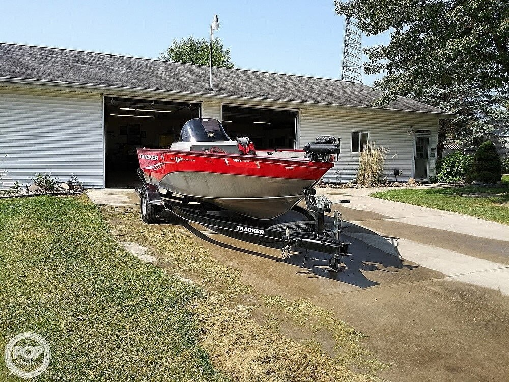2013 Tracker Boats boat for sale, model of the boat is Pro-Guide 175 SC & Image # 4 of 42