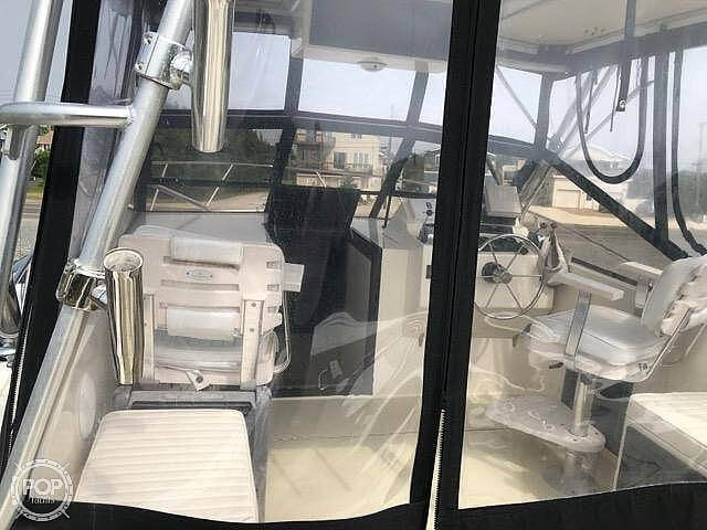 2002 Carolina Classic boat for sale, model of the boat is 28 & Image # 9 of 40