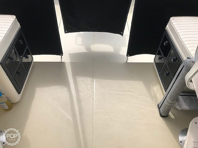 2002 Carolina Classic boat for sale, model of the boat is 28 & Image # 18 of 40