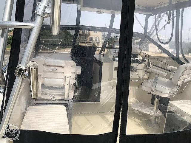 2002 Carolina Classic boat for sale, model of the boat is 28 & Image # 21 of 40