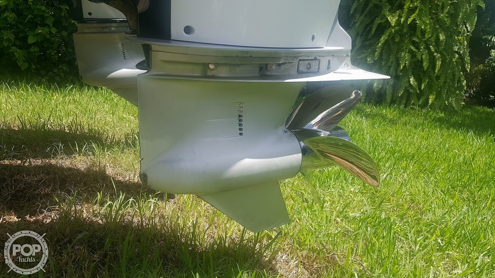 2005 Donzi boat for sale, model of the boat is 38 ZF & Image # 32 of 40