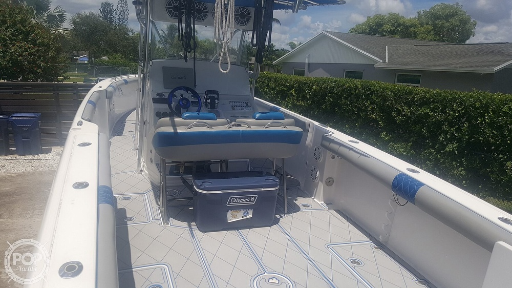 2005 Donzi boat for sale, model of the boat is 38 ZF & Image # 3 of 40