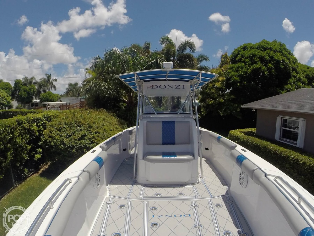 2005 Donzi boat for sale, model of the boat is 38 ZF & Image # 11 of 40
