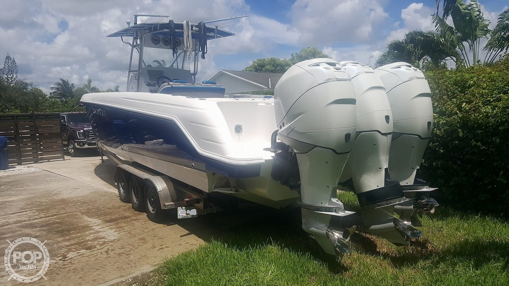 2005 Donzi boat for sale, model of the boat is 38 ZF & Image # 2 of 40