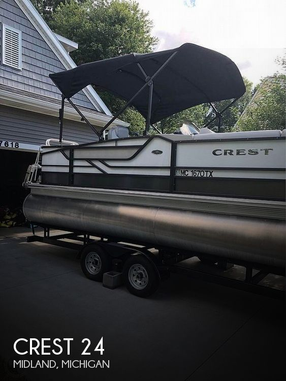 Used Crest Pontoon Boats For Sale in Michigan by owner | 2017 Crest 24