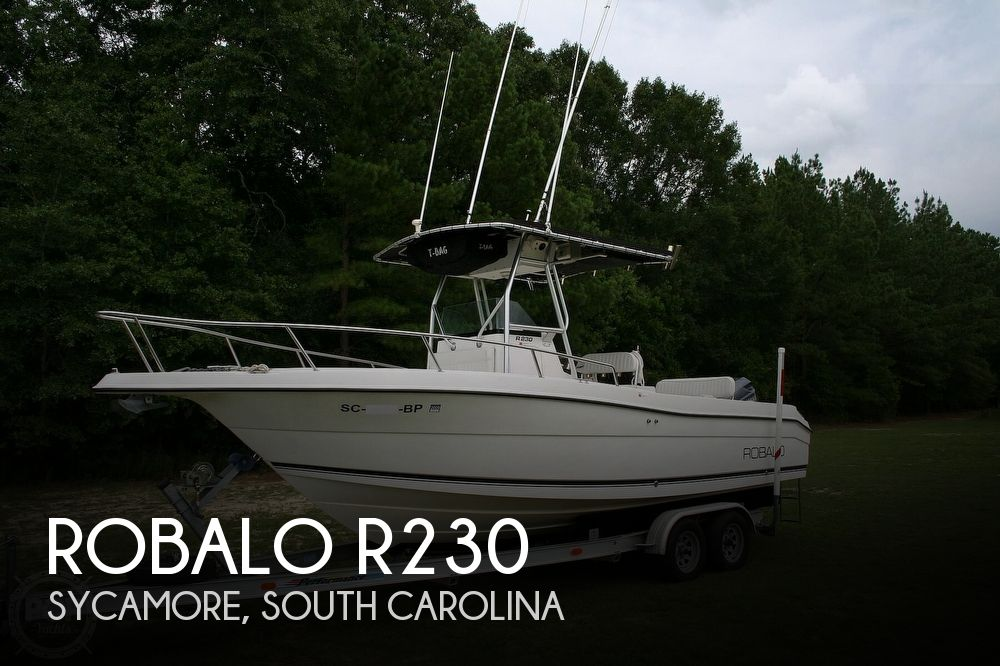 2002 Robalo boat for sale, model of the boat is R230 & Image # 1 of 13