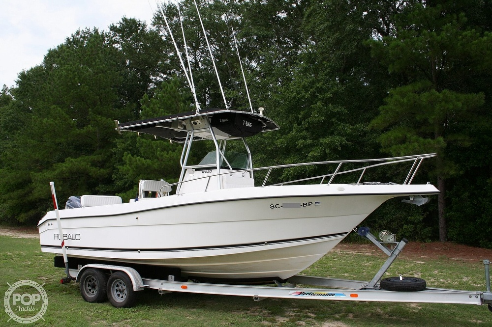 2002 Robalo boat for sale, model of the boat is R230 & Image # 4 of 13
