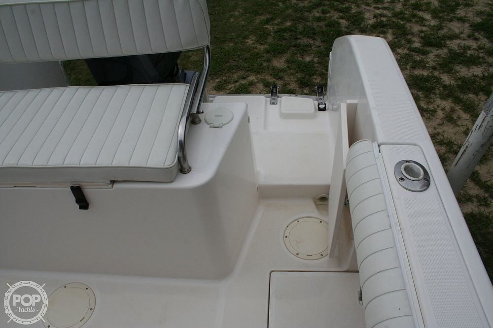 2002 Robalo boat for sale, model of the boat is R230 & Image # 10 of 13
