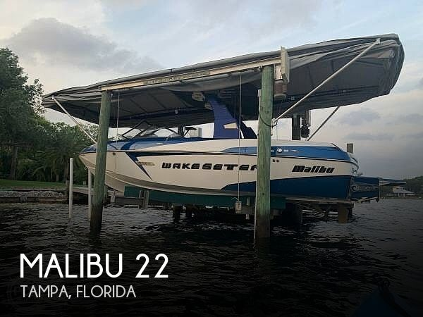 Used Ski Boats For Sale in Florida by owner | 2015 Malibu Wakesetter 22 VLX