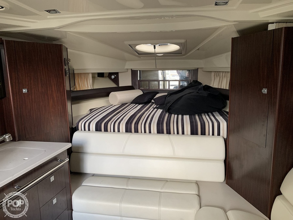2014 Monterey boat for sale, model of the boat is 320 Sport Yacht & Image # 5 of 40
