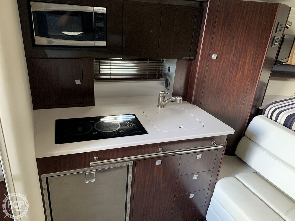 2014 Monterey boat for sale, model of the boat is 320 Sport Yacht & Image # 8 of 40