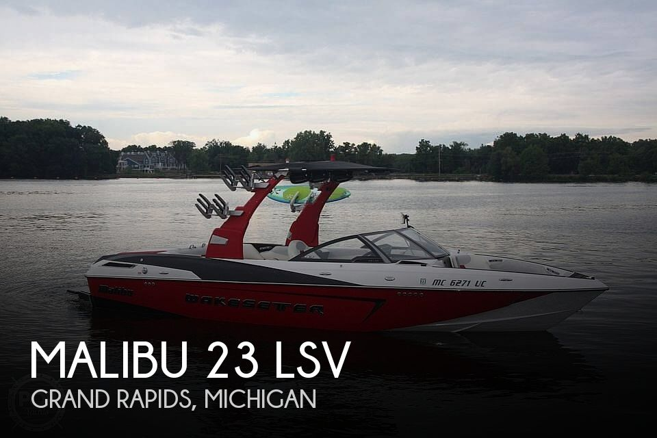 Used Boats For Sale in Grand Rapids, Michigan by owner | 2016 Malibu 23 LSV