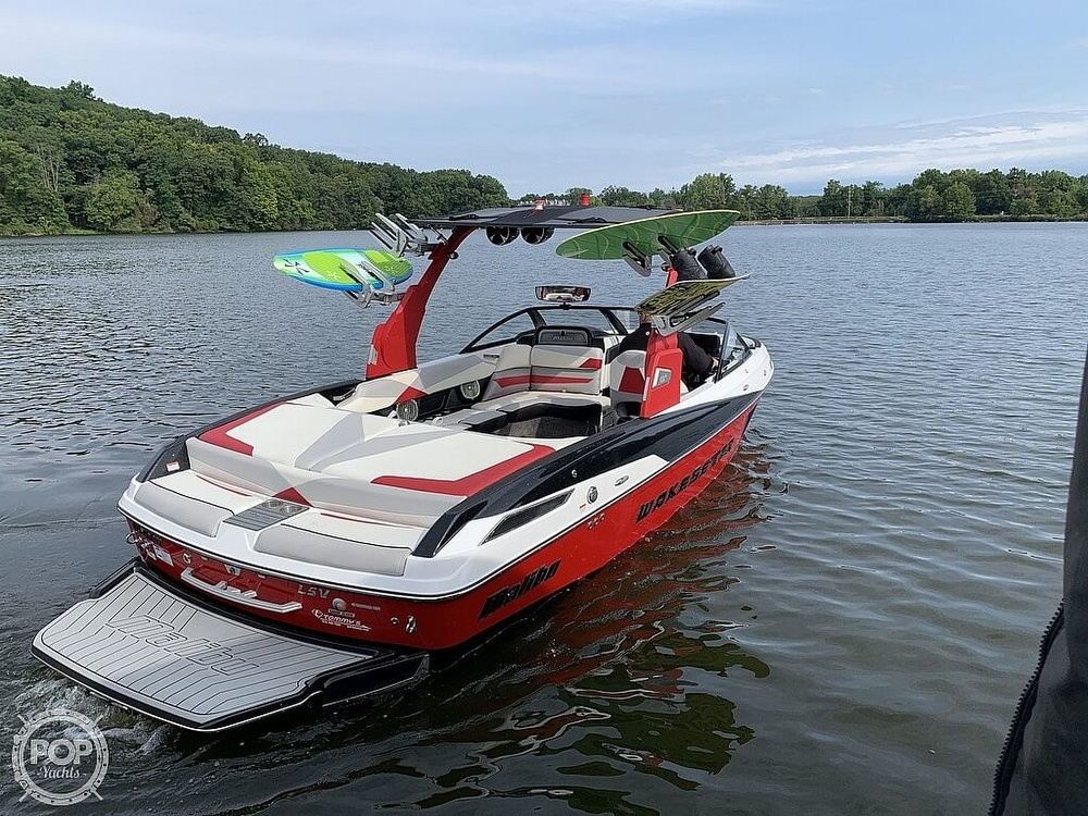 2016 Malibu boat for sale, model of the boat is 23 LSV & Image # 12 of 41