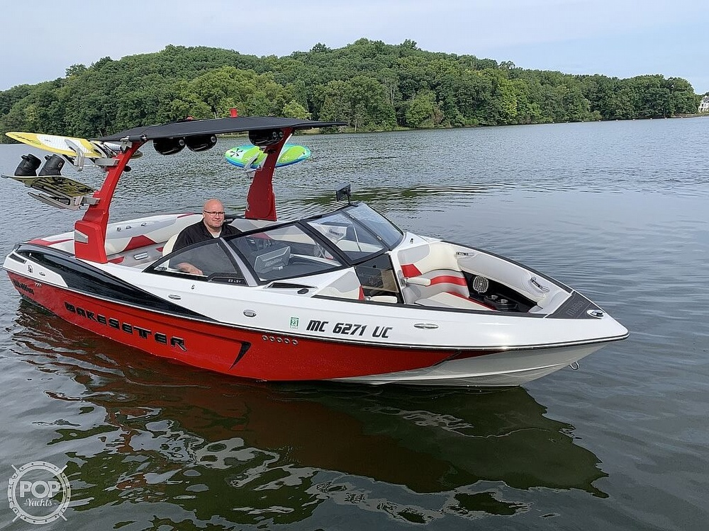 2016 Malibu boat for sale, model of the boat is 23 LSV & Image # 27 of 41