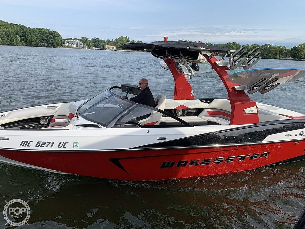 2016 Malibu boat for sale, model of the boat is 23 LSV & Image # 28 of 41