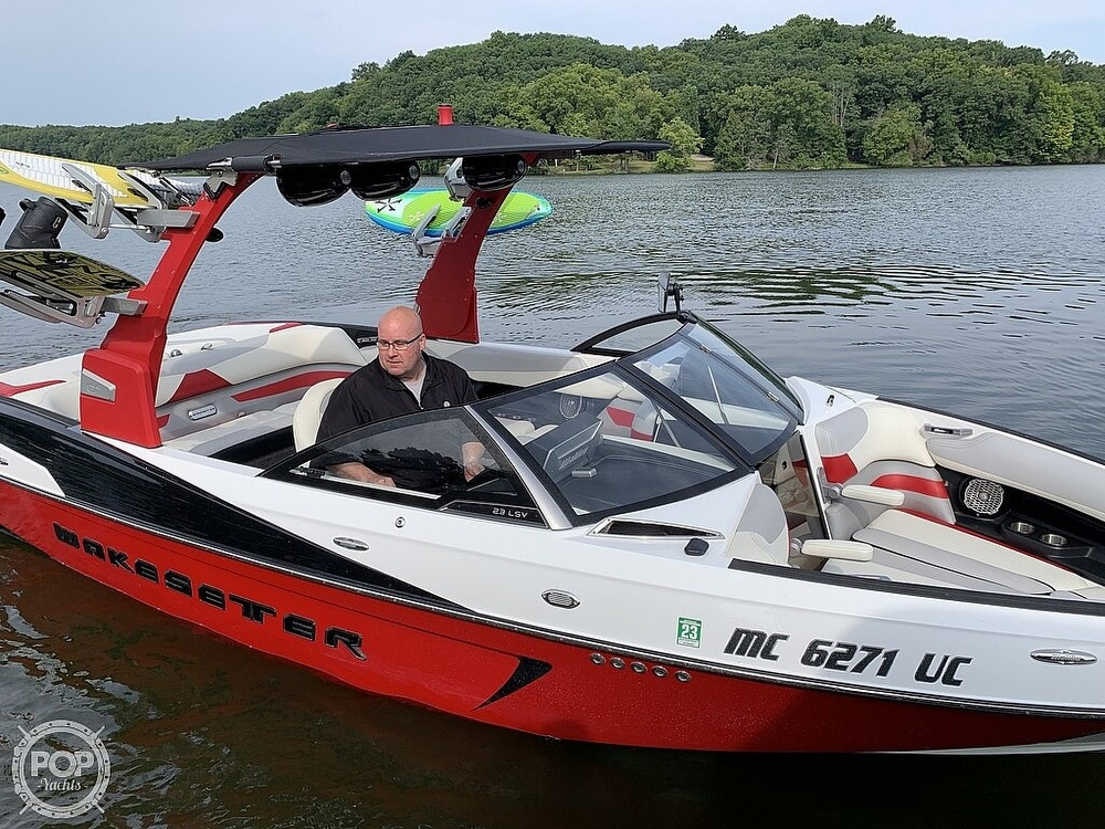2016 Malibu boat for sale, model of the boat is 23 LSV & Image # 32 of 41