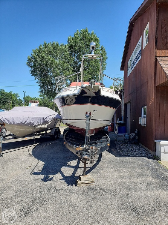 1987 Cruisers Yachts boat for sale, model of the boat is Rogue Sport 286S & Image # 36 of 40