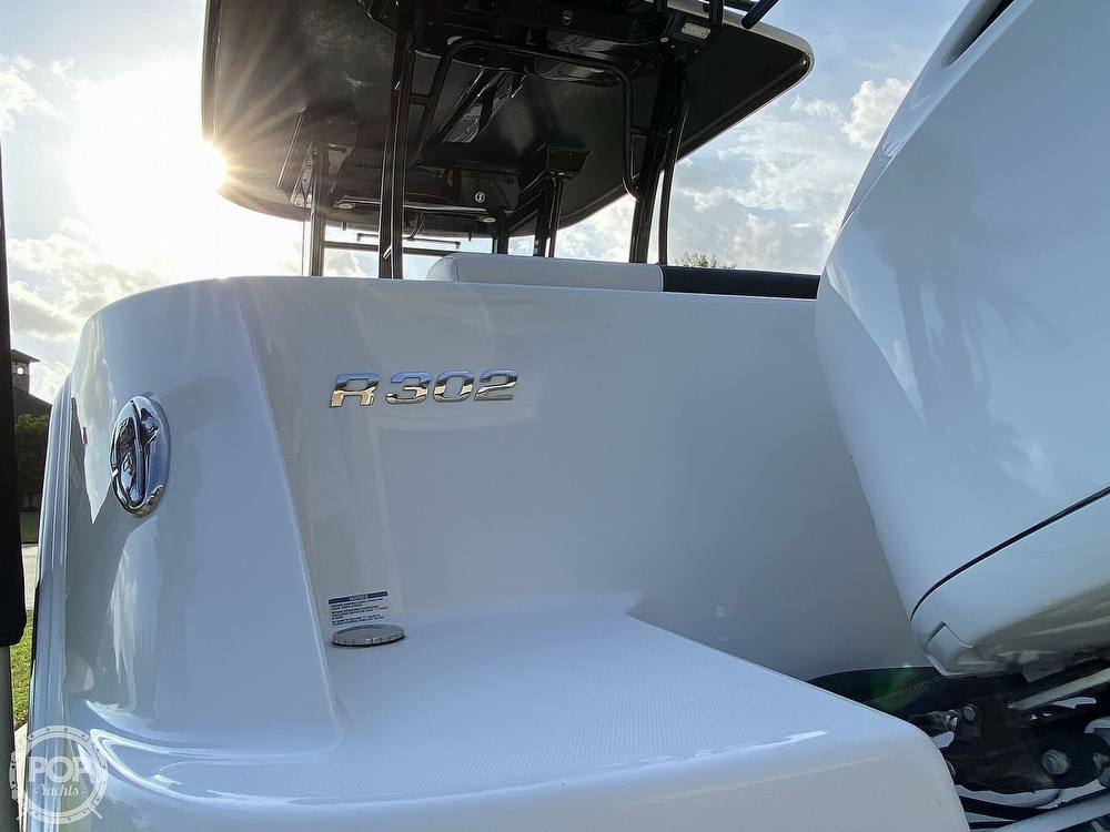 2017 Robalo boat for sale, model of the boat is R302 & Image # 36 of 40
